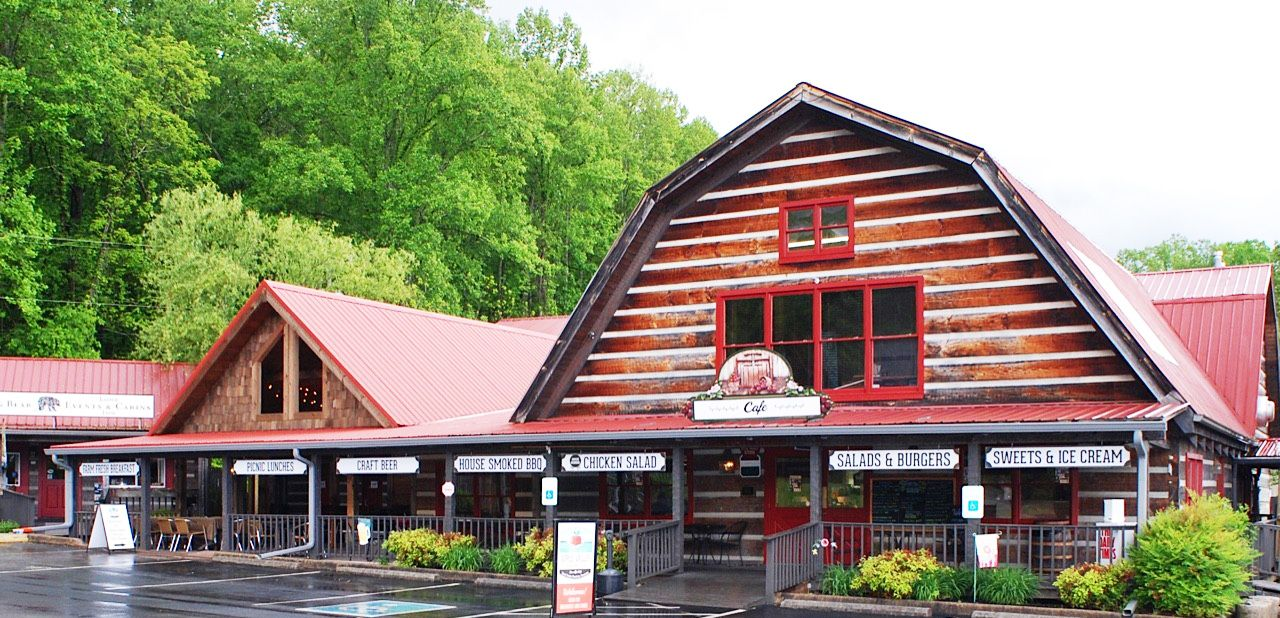 Townsend TN Shops & Restaurant | Smoky mountains, Apple ...