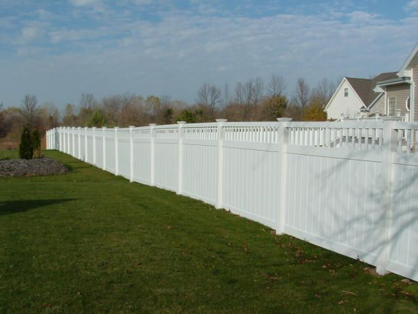 Exceptionnel {EXTERIOR} White Privacy Fence    Prefer Crisscross Lattice On Top. This  Type