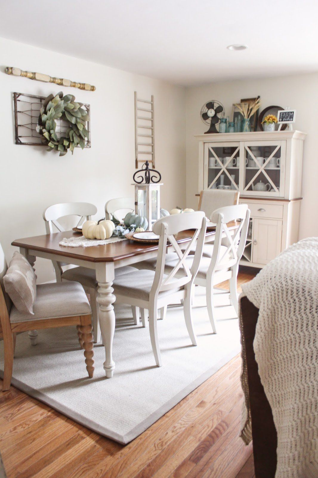Sagamore 7 Pc Dining Set Dining Sets Raymour And Flanigan Furniture Mattresses Farmhouse Dining Room Table Farmhouse Dining Rooms Decor Farmhouse Style Dining Room #raymour #flanigan #living #room #sets