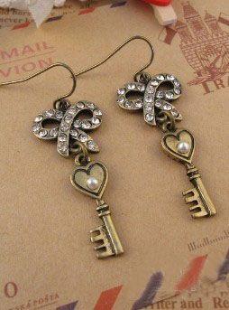 Gold Vintage Bow Diamond Dangle Earrings