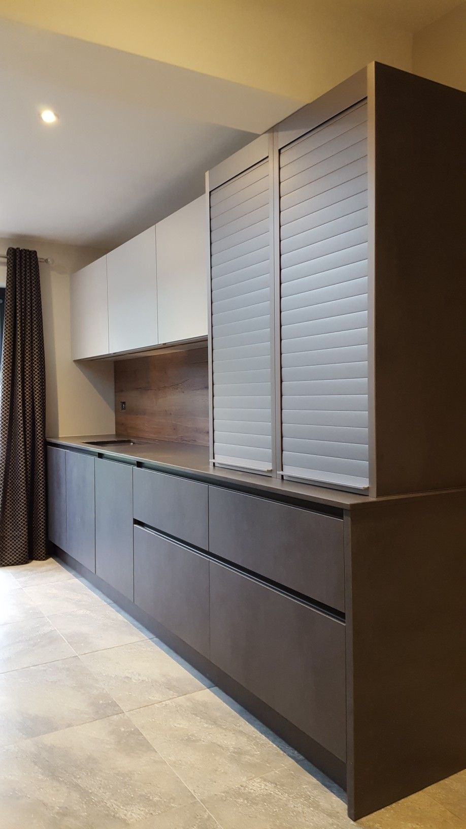 Roller Shutter Tambour Units From Leicht Contact Hubble Kitchens