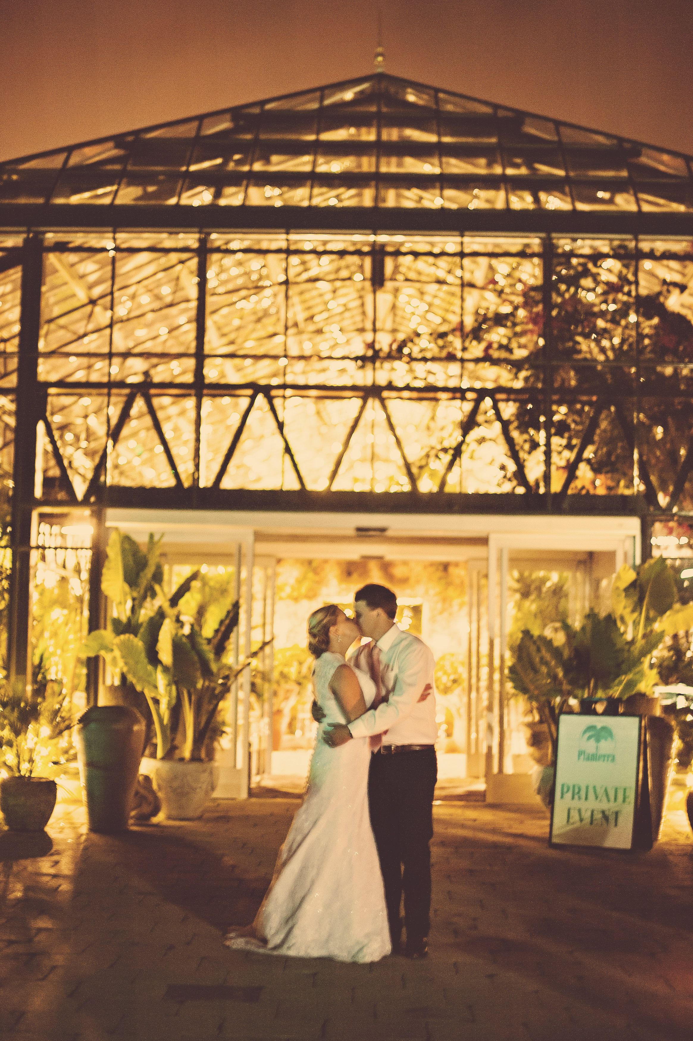 Brynn Chris S Fall Wedding At Planterra Conservatory Luna Dulche Photography