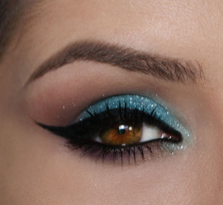 make azul claro com glitter http://claudiaguillen.inbloodesign.com/