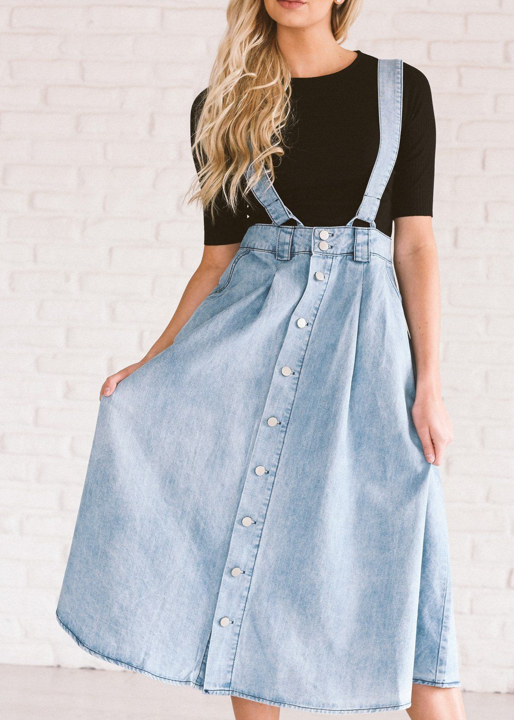 cccaaffe3d2 There is nothing you won t be able to conquer in this denim skirt.
