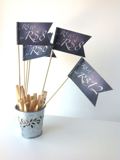 I made my own table flags