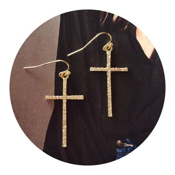✌️Crystal cross earrings! Stunning earrings that I never wore for whatever reason! Francesca's Collections Jewelry Earrings