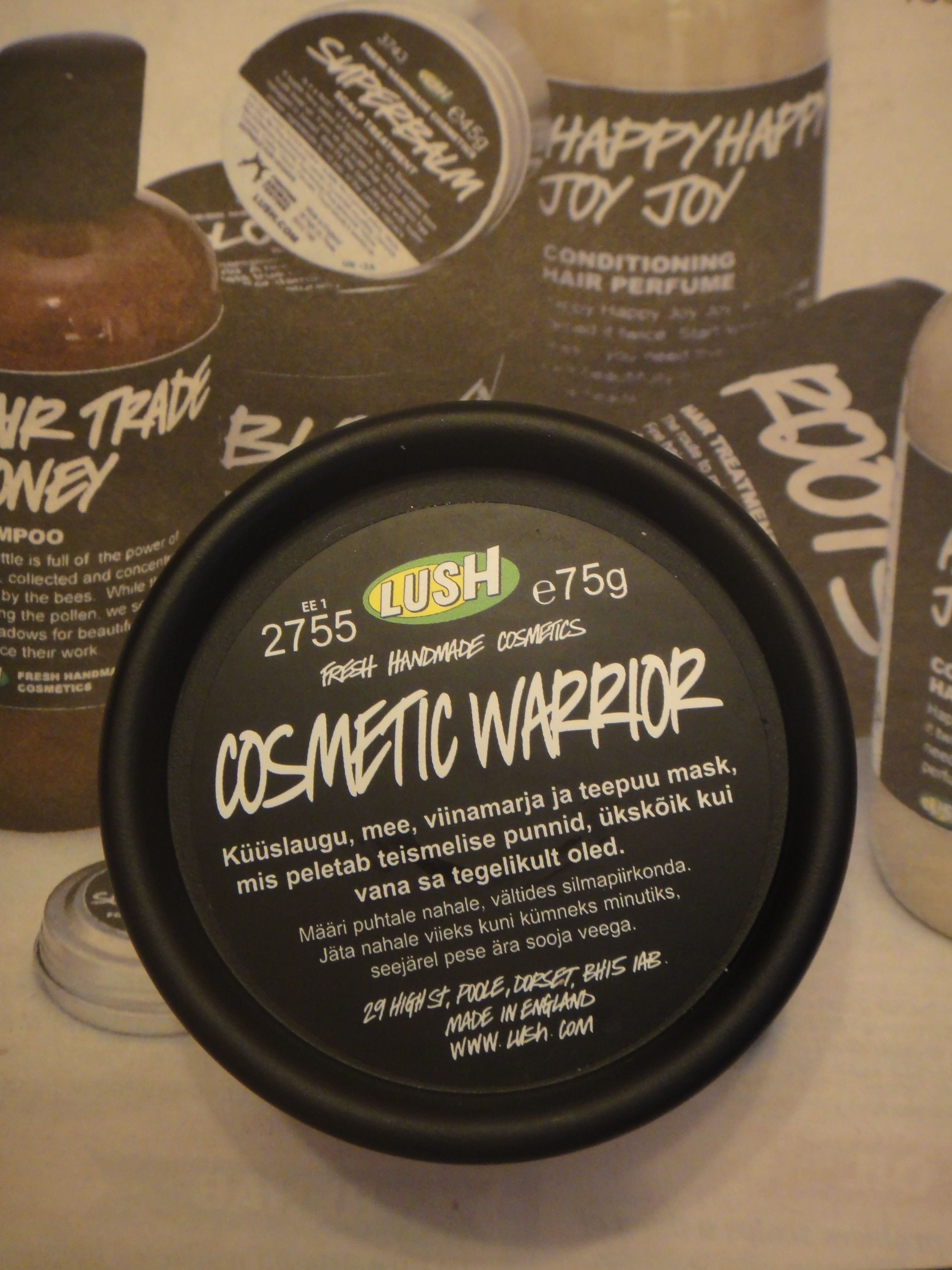 Review And Giveaway Cosmetic Warrior By Lush Cosmetic Warrior Beauty Tips And Secrets Fresh Face Mask