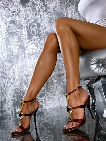 Nice Legs In Gianmarco Lorenzi High Heels Stylish Legs