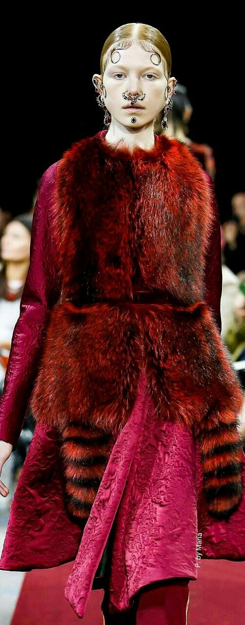 Givenchy Fall|Winter Ready-To-Wear Collection 2015