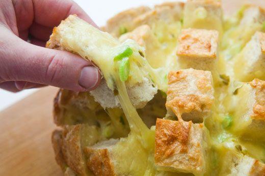 Cheesy Jalapeño Pull Bread