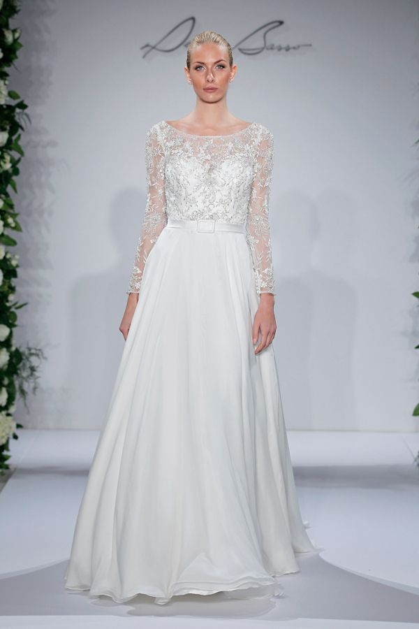 Dennis Basso's Fall 2015 Collection featured at NEW YORK BRIDAL FASHION WEEK. From our Summer-Fall 2015 issue! #trendybride