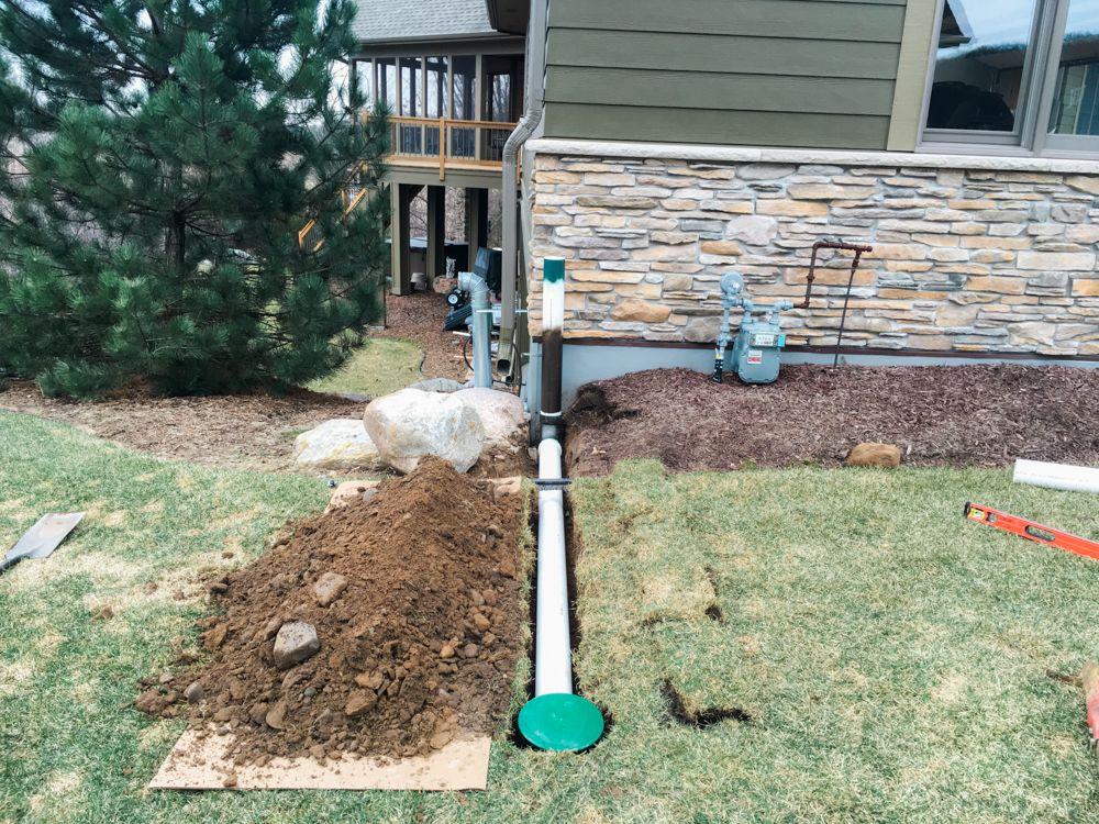 Downspout drainage ideas Downspouts Pinterest Backyard - drainage autour d une terrasse
