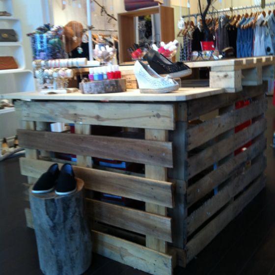 Pallets as cash wrap | Retail store design, Store displays ...