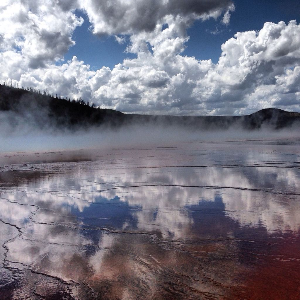 | Grand Prismatic Hot Spring, Yellowstone NP [2048x2048] [OC] |http://living-planet.tumblr.com/