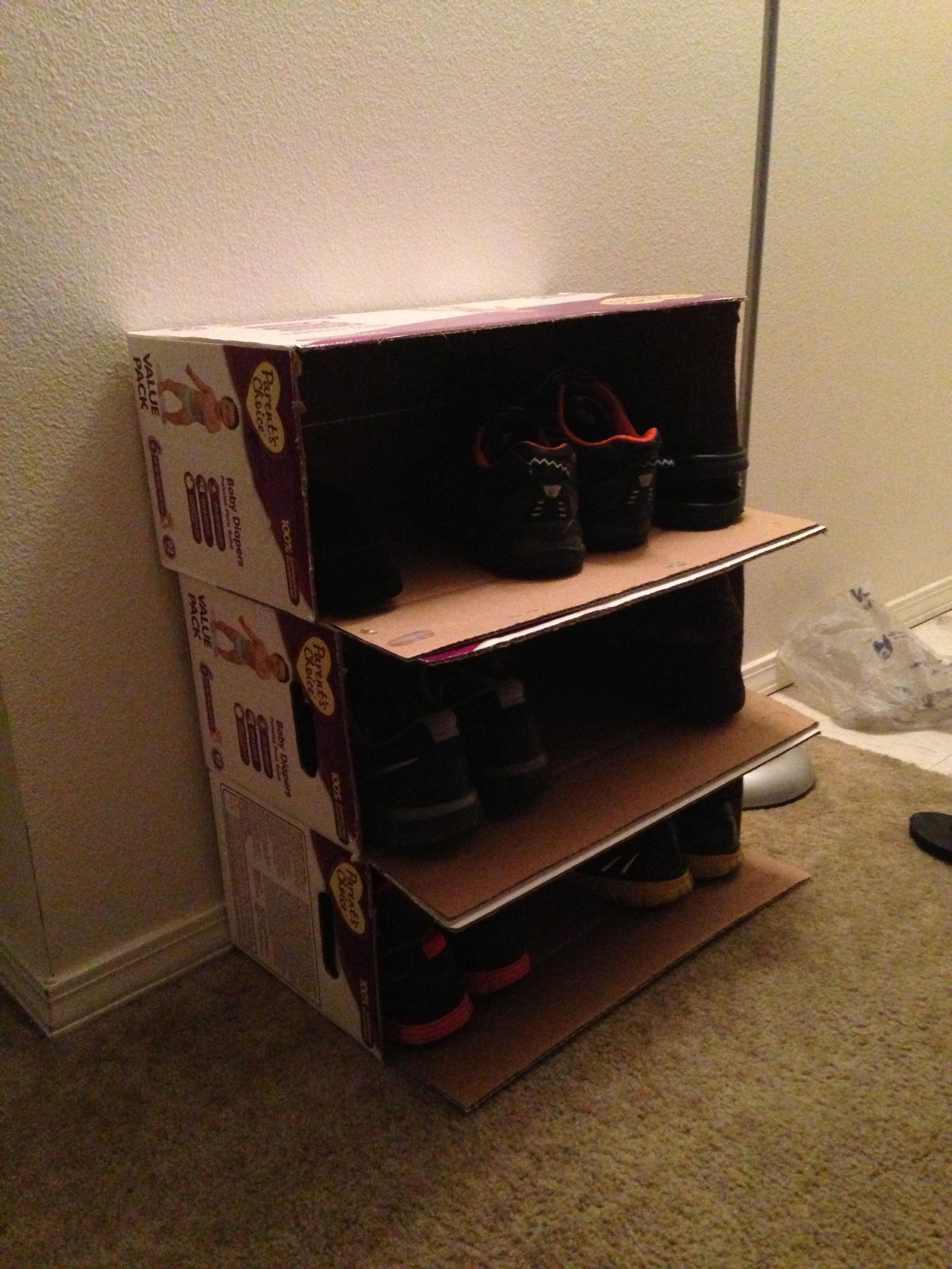 Möbel Aus Pappe Basteln Diaper Boxes Turned Into A Shoe Bookshelf Cover With