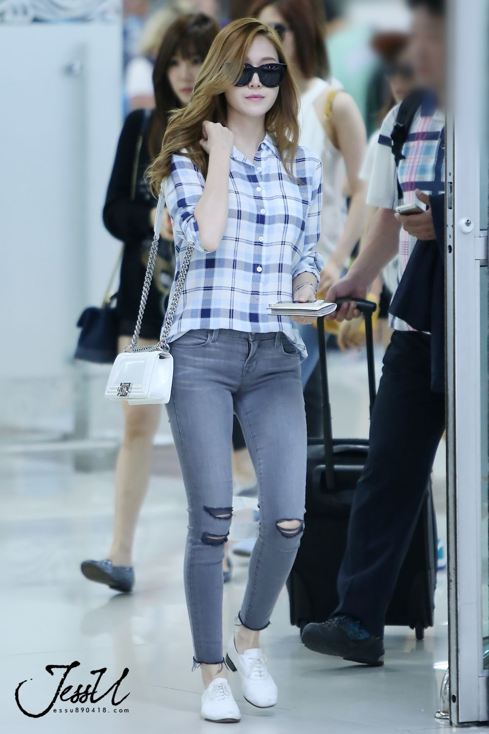 Jessica Jung Kpop 39 S Style Pinterest Jessica Jung Airport Fashion And Snsd