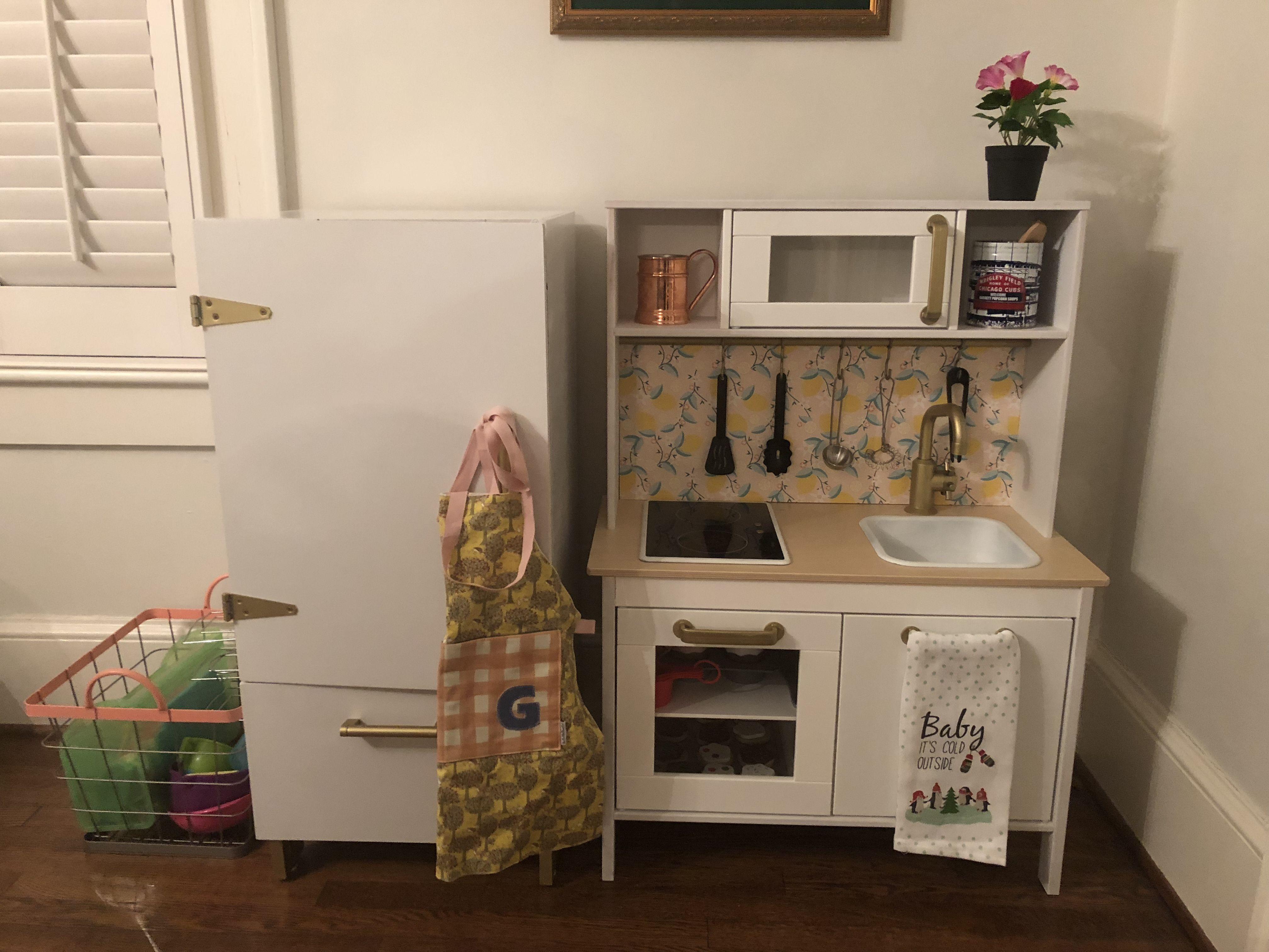 Ikea Duktig Hack. Fridge for Ikea Duktig. Play fridge