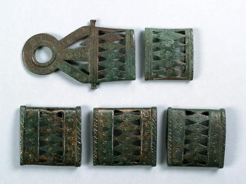 Belt applications | 8-7 century BC | Institute of Balkan Studies and Centre of Thracology | CC BY