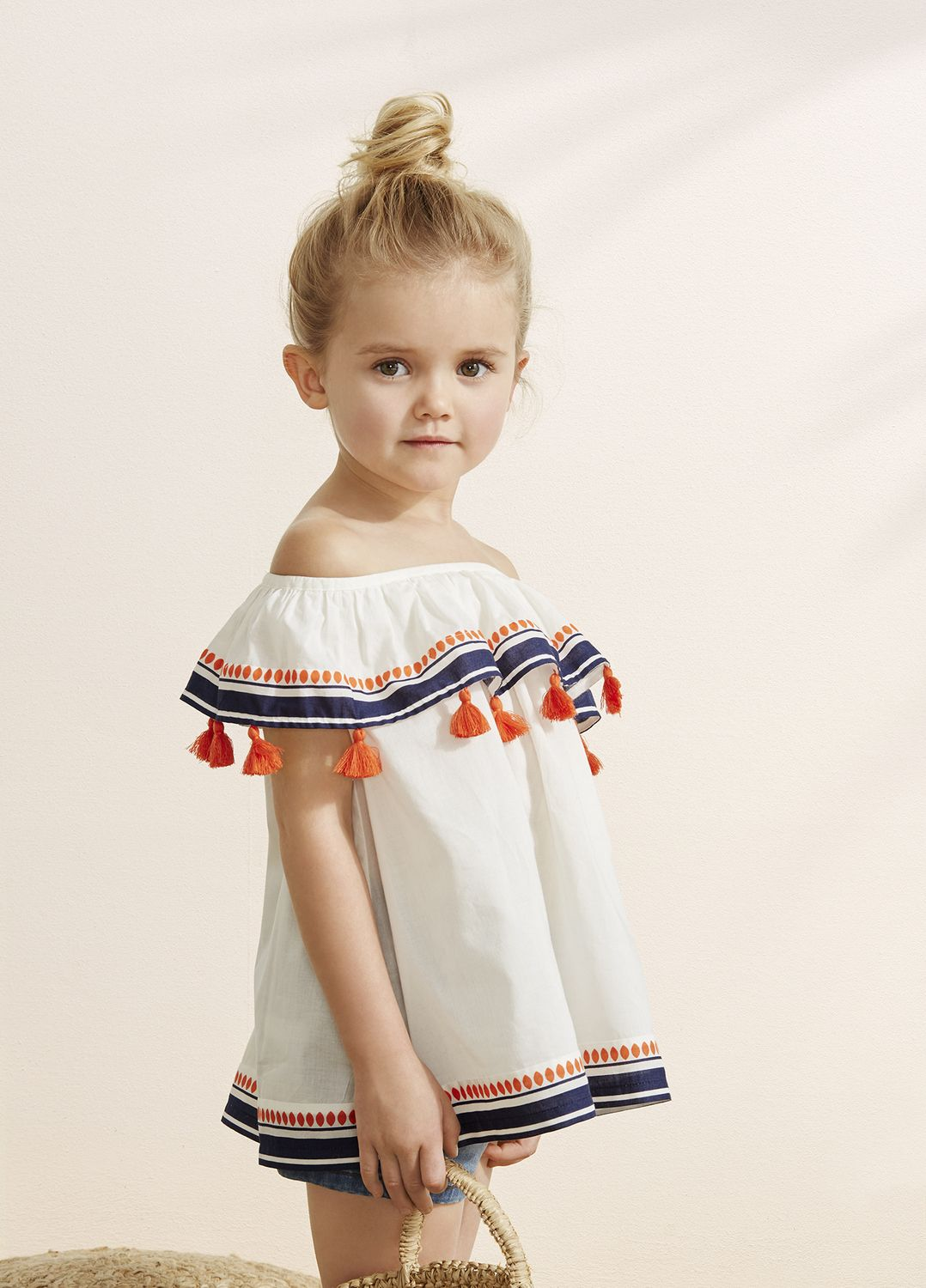 Looks: Kids' Clothing & Baby Clothes