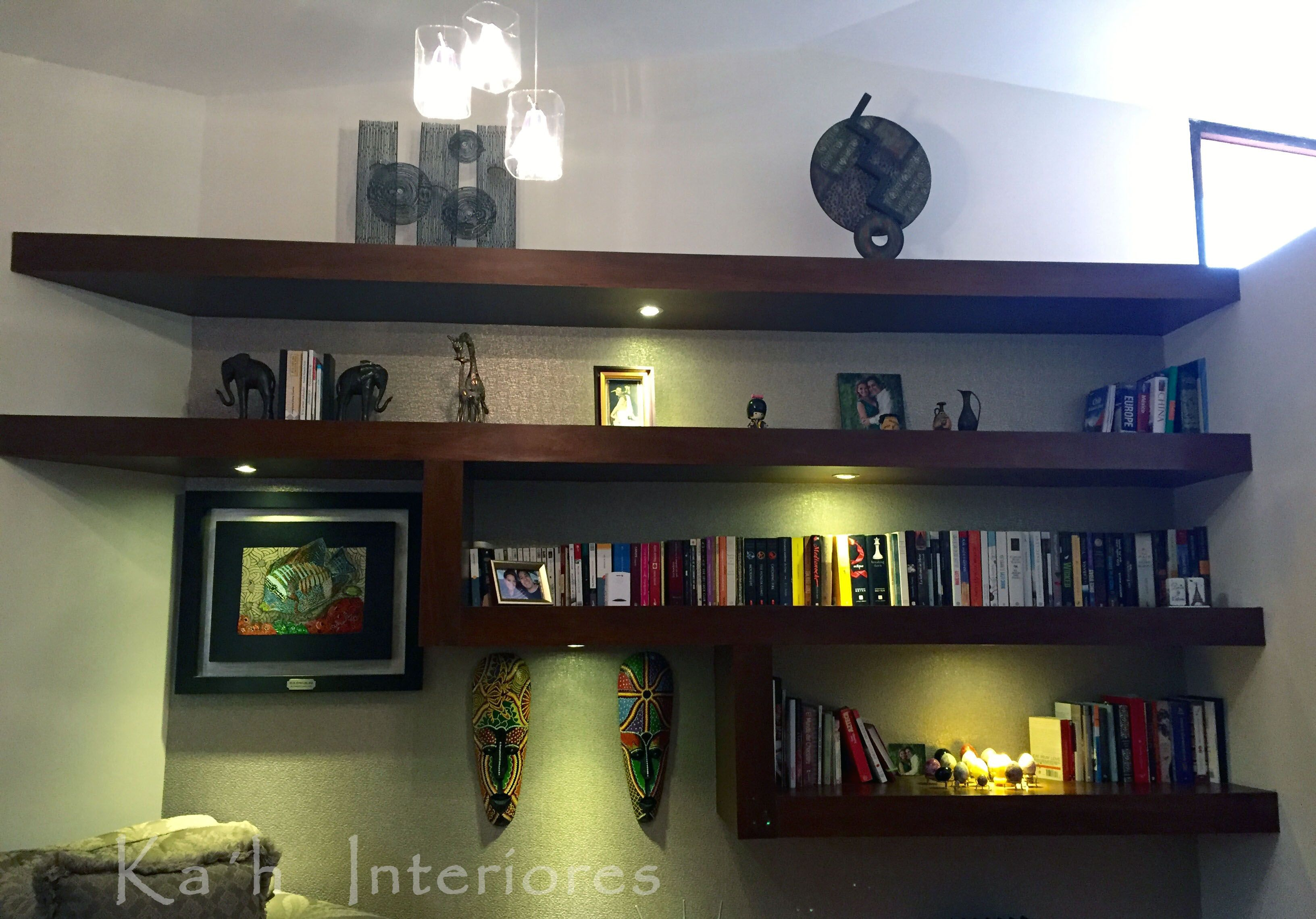 Librero Construido A Base De Tablaroca Forrado Con Madera Dise 241 O De Iluminaci 243 N Dise 241 O De