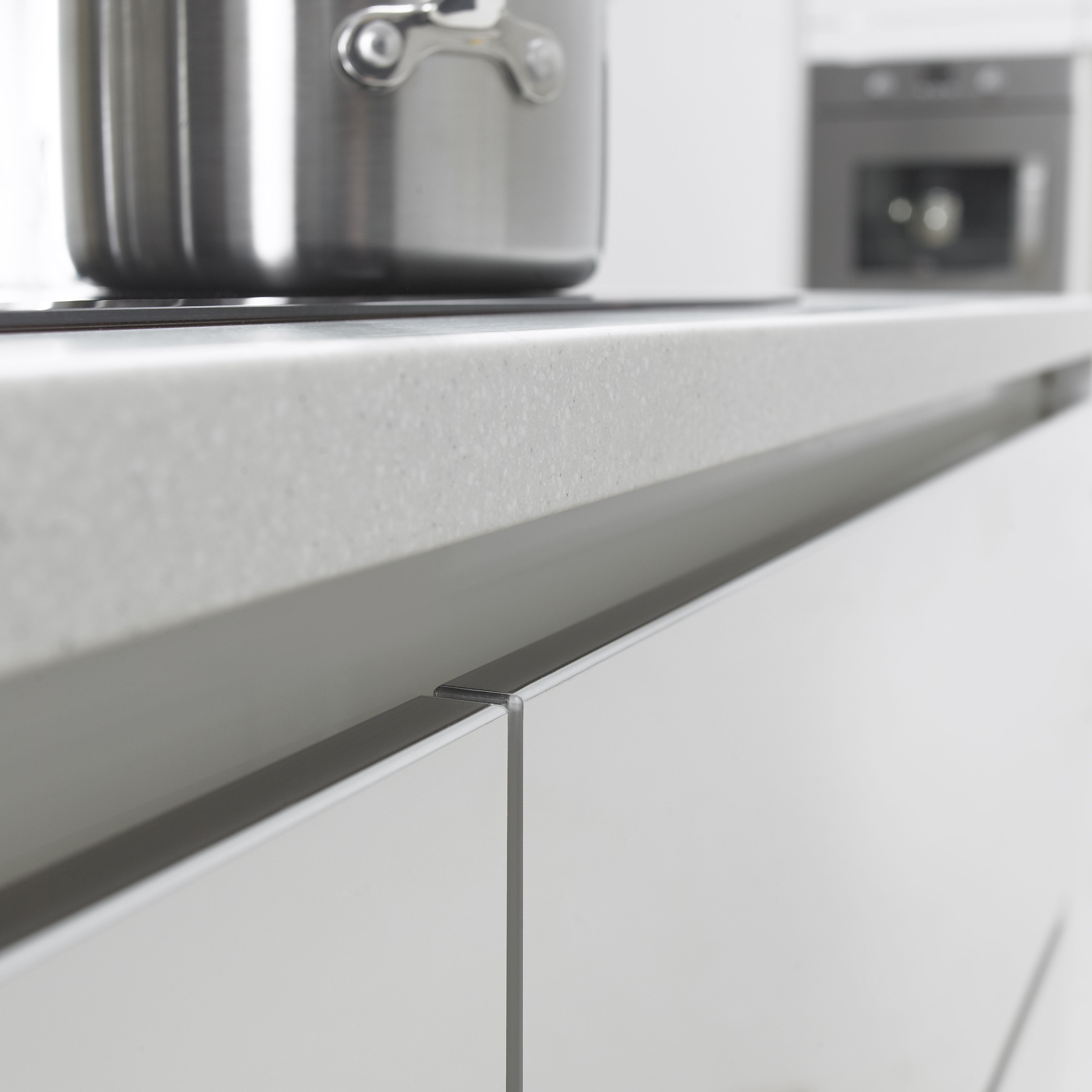 Symphony Kitchen Worktops: A Handleless Kitchen Design That