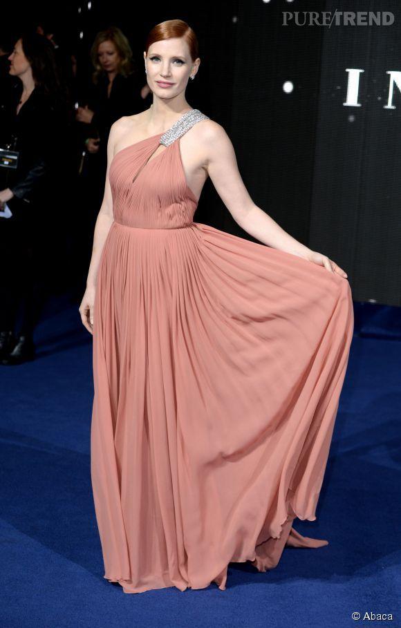 PHOTOS - Jessica Chastain, divinité grecque dans sa robe drapée ...