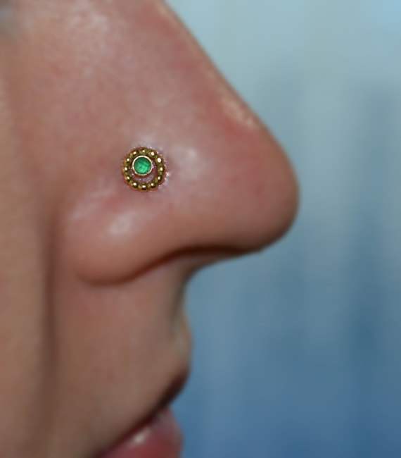0e16dd36c 2mm Emerald NOSE STUD / RING // Gold Small Earring, cartilage / tragus /  helix earring piercing. 20 gauge 20g