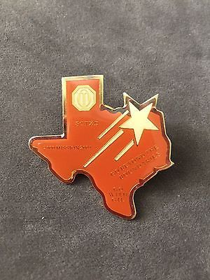 OPTIMIST CLUB Go with Gil TEXAS PIN Enamel Metal Collectible keepsake 2000-2001