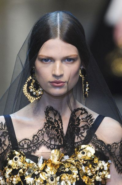 Bette Franke on the runway for Dolce & Gabbana, Fall 2012.