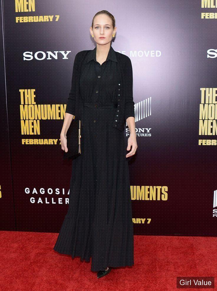 leelee sobieski photos actress celebrity images sexy