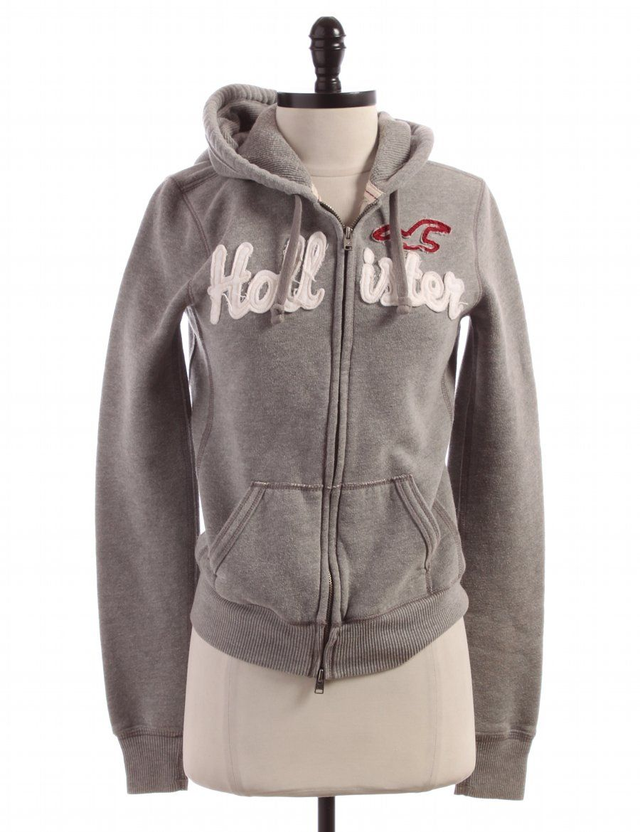Check it out! Hollister, Size M.