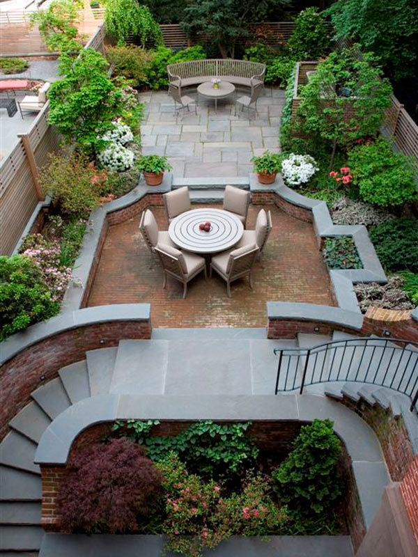 This private Brooklyn, NY townhouse garden was the ...