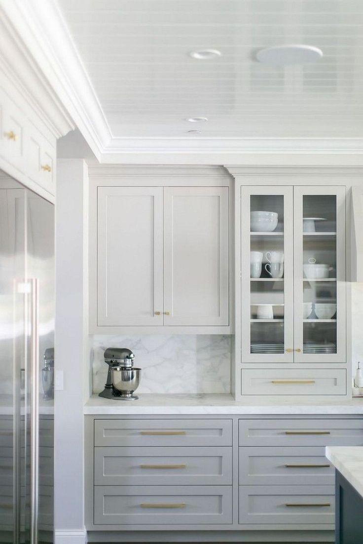 28 Elegant White Kitchen Design Ideas For Modern Home In 2020 Classic White Kitchen Kitchen Style Backsplash Kitchen White Cabinets