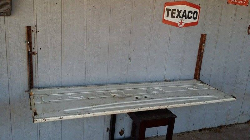 How To Make A Tailgate Wall Bench Wall Bench Diy Bench Seat Diy Bench
