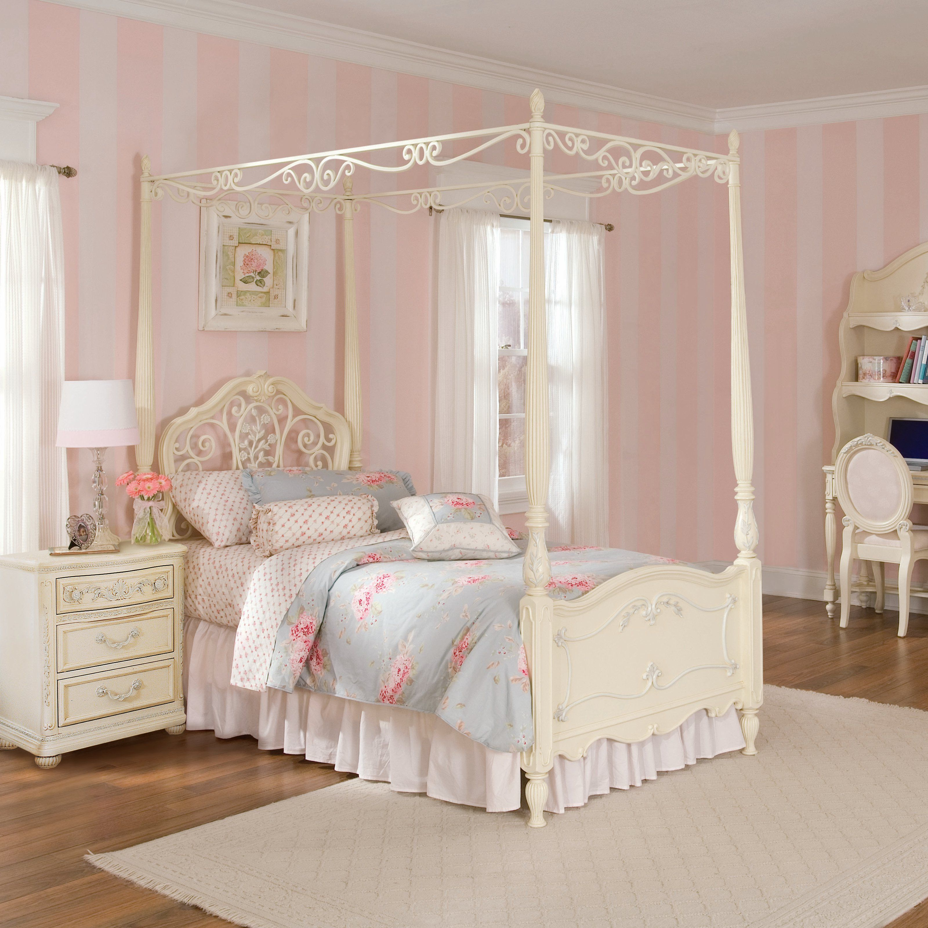 Adorable Kids Canopy Beds With Thick Blanket And Pillow White Color