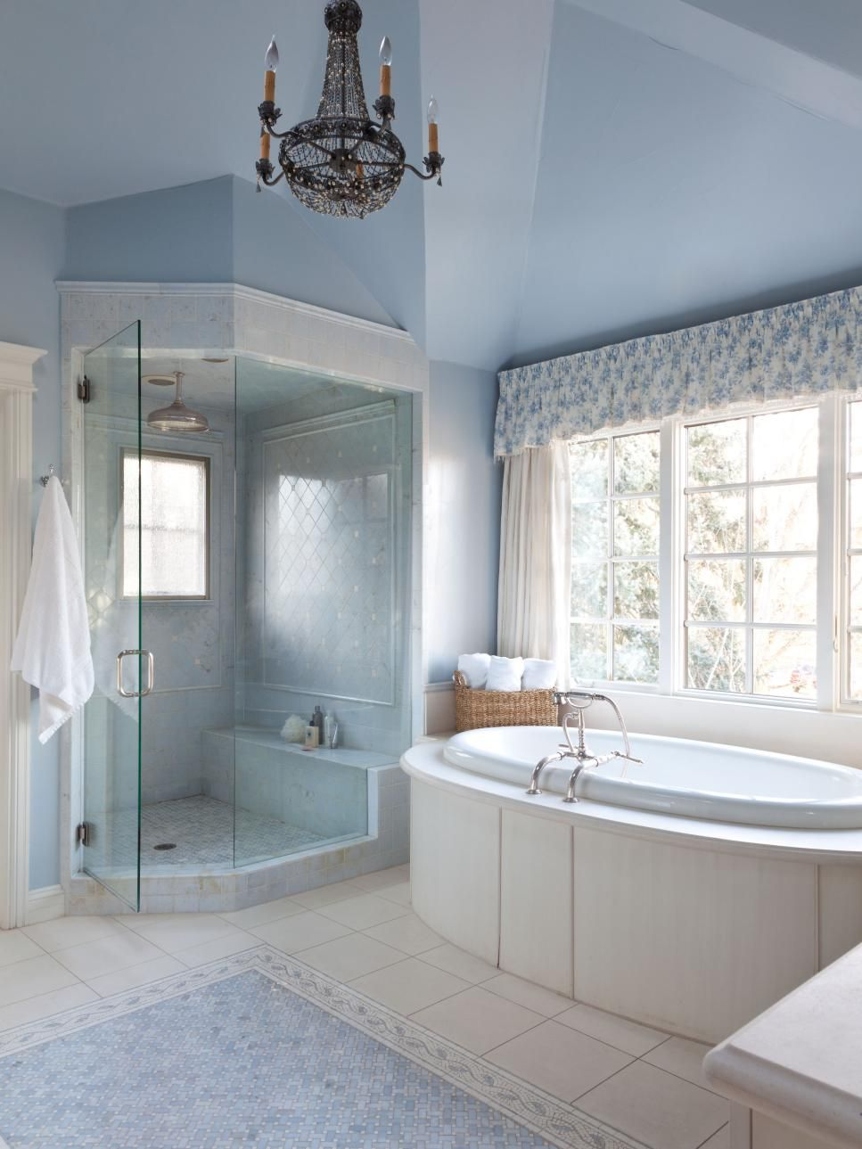 Our 40 Fave Designer Bathrooms | Hgtv, Traditional and Contemporary