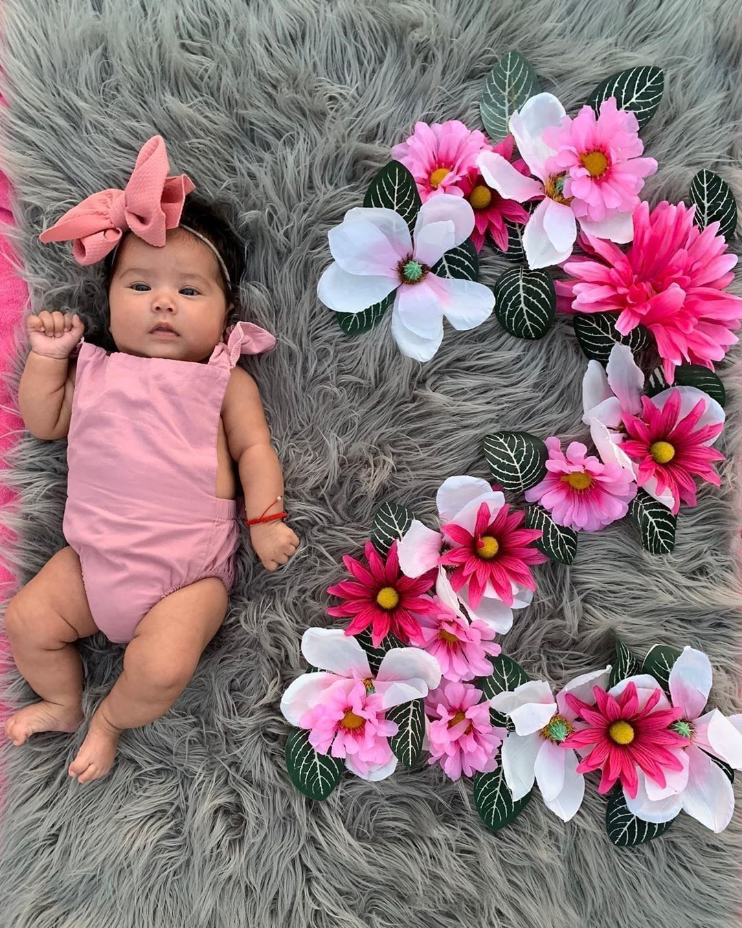 Hello I Am 2 Months Thanks For Sharing Rabellavictoriago Price 11 99 Si Baby Photoshoot Girl Newborn Baby Girl Photography Baby Girl Photography