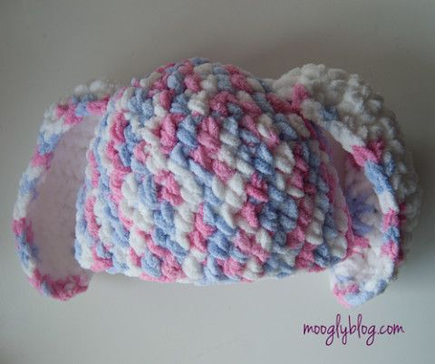 One Hour Crochet Bunny Hat - super bulky yarn and a super fast (and ...
