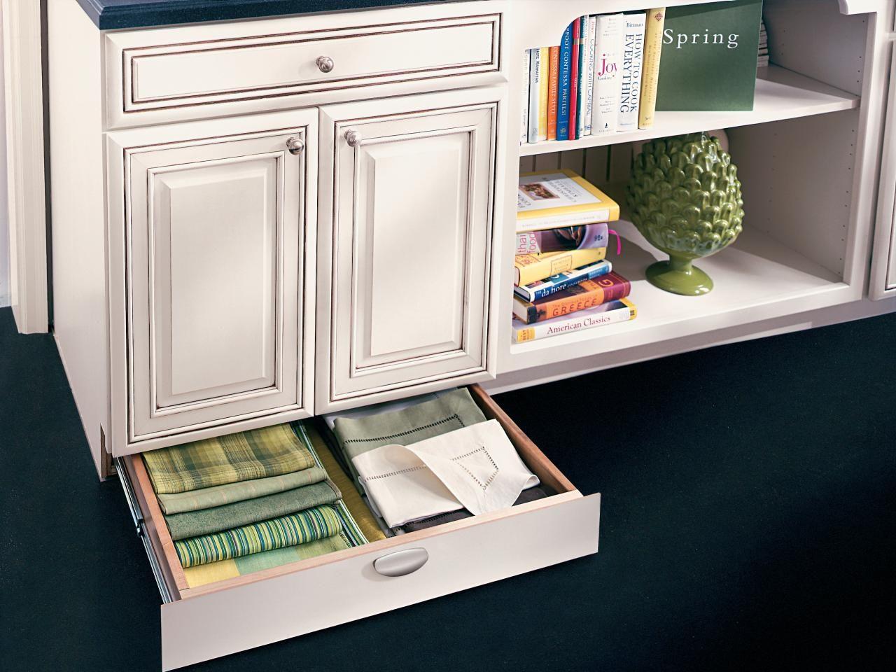 How to Pick Kitchen Cabinet Drawers | Kitchen | Pinterest | Kitchen ...
