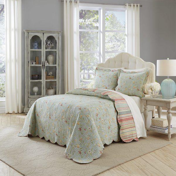 Garden Glitz Reversible Quilt Set Quilt Sets Waverly Bedding