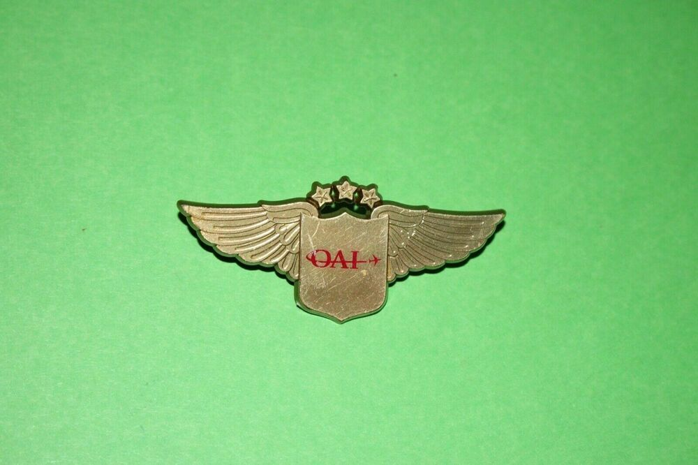 OMNI AIR AIRLINES RARE PLASTIC JUNIOR JR PILOT KIDDIE