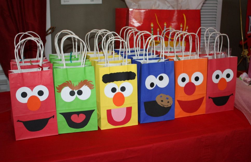 Sesame Street Beginnings Baby Shower   Sesame Street Baby Shower And What  You Will Need For It U2013 Home Party Theme Ideas | Baby Shower Favors |  Pinterest ...