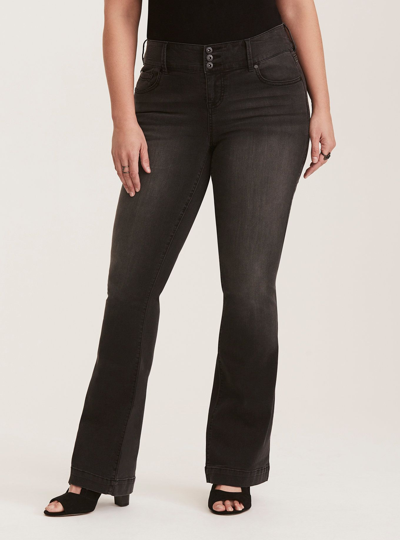6893de06aa30d Three-Button Flared Jeans - Black Wash in 2019