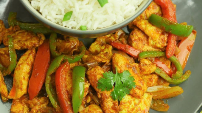 Jalfrezi Chicken Recipe By Shireen Anwar Pakistani Chef Recipes Recipe Chicken Jalfrezi Recipe Jalfrezi Chicken Chicken Recipes