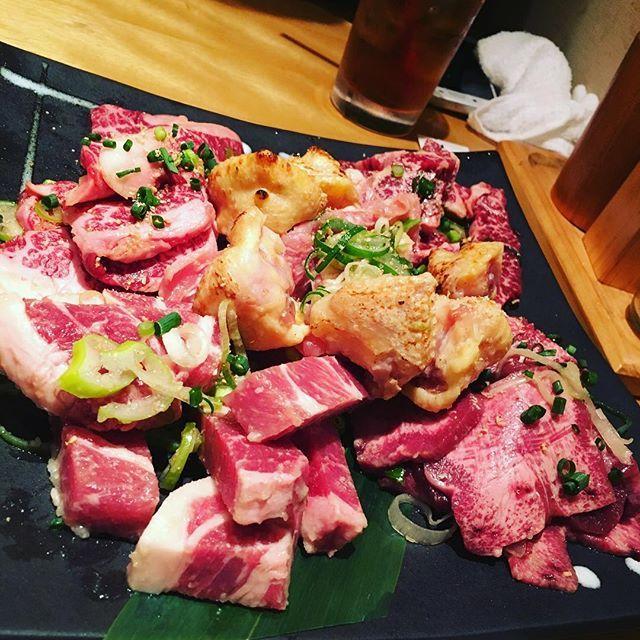 桜新町にて 高校の友人である山田ことおっちゃん行きつけの焼き肉屋