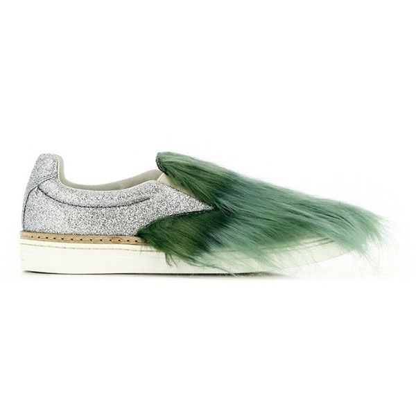 Maison Margiela Glitter Fur Sneakers (7,915 MXN) ❤ liked on Polyvore featuring shoes, sneakers, round toe shoes, rubber sole shoes, fur shoes, glitter sneakers and round cap