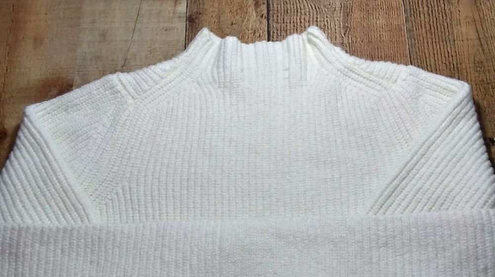 743e7541237 Ann Taylor LOFT White Long Sleeve Women s Knit 100% Cotton Sweater Size L   fashion  clothing  shoes  accessories  womensclothing  sweaters (ebay link)