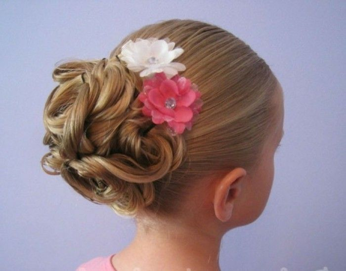 coiffure petite fille 90 id es pour votre petite princesse coiffure pinterest coiffure. Black Bedroom Furniture Sets. Home Design Ideas