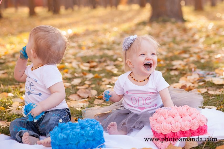 adorable twin boy and girl first birthday shoot outside
