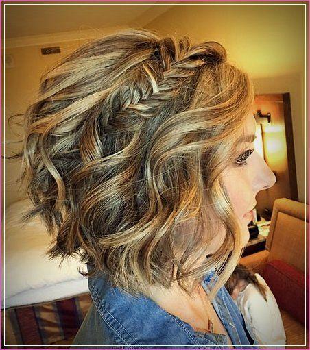25 updos de dama de honor para cabello corto